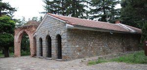 Ansicht thrakisches Grabmal in Bulgarien